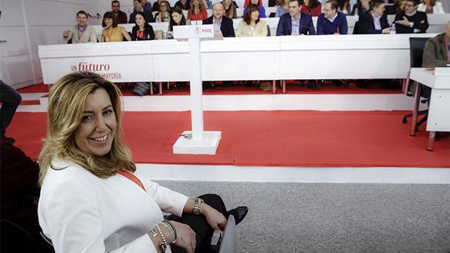 El PSOE se ensimisma en sus peleas internas