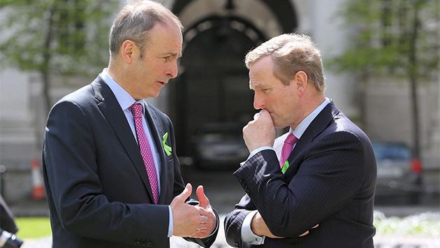 Los políticos irlandeses se dan más prisa