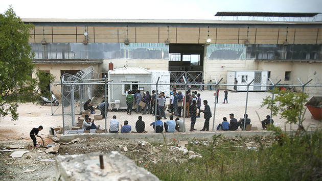 Quíos, una isla convertida en prisión