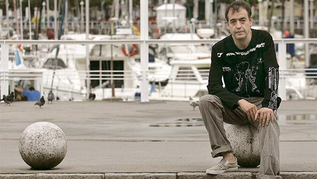 Javier Azpeitia. Esas inútiles gentes de letras