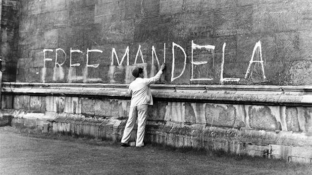 Cuando la CIA entregó a Mandela