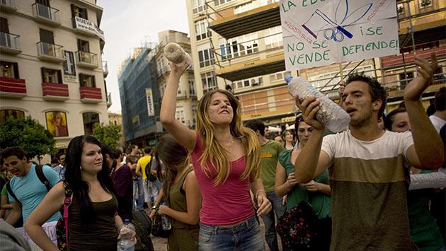 Cuando PP y PSOE perdieron a los jóvenes