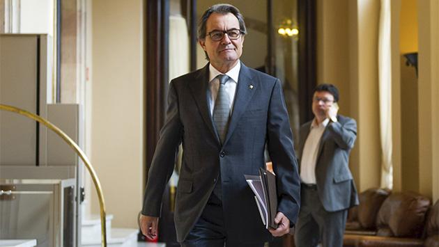Artur Mas: el mesías gafe