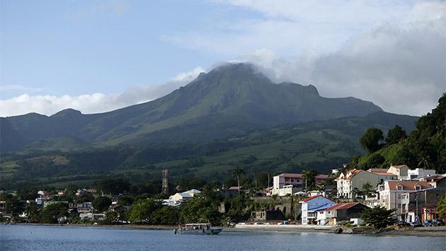 Seis destinos del Caribe. (II) Martinica: a los pies del volcán