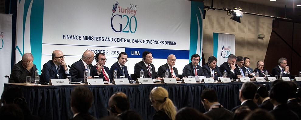 La economía mundial sigue en la UVI